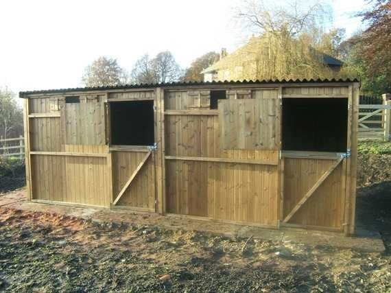 Double 10' x 10' Pony Stables (20' x 10')