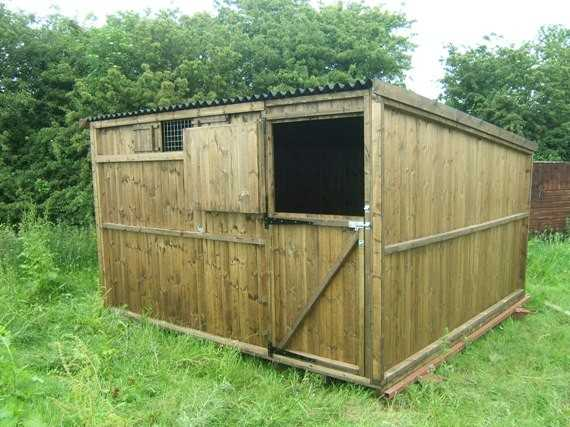 Single 12' x 12' Pony Stable