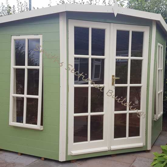7' x 7' Corner Summerhouse