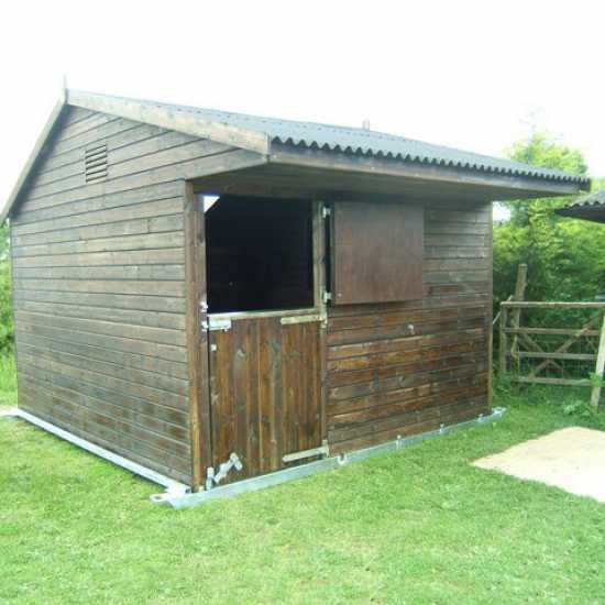 Single 12' x 12' Horse Stable