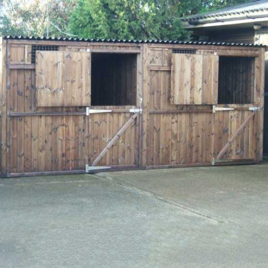 Double 8' x 8' Pony Stables (16' x 8')